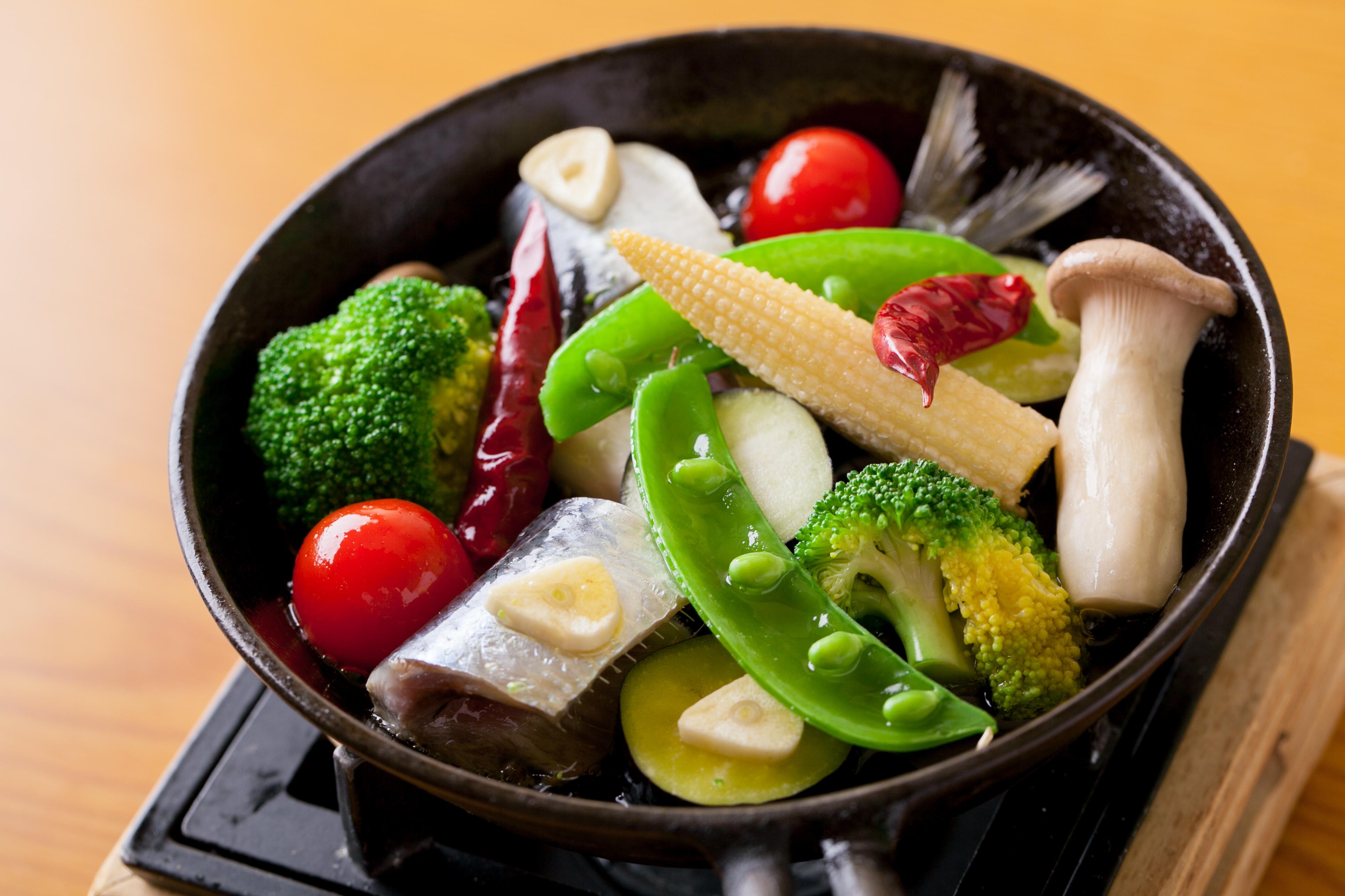 兵庫・武庫之荘にある和食居酒屋「多味肴 朋喜」で、和洋折衷ジャンルにとらわれない料理を食す!