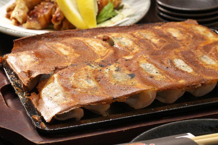 東岡崎駅から徒歩2分、餃子がひたすらにウマい「岡崎にこにこ餃子」を味わい尽くす!