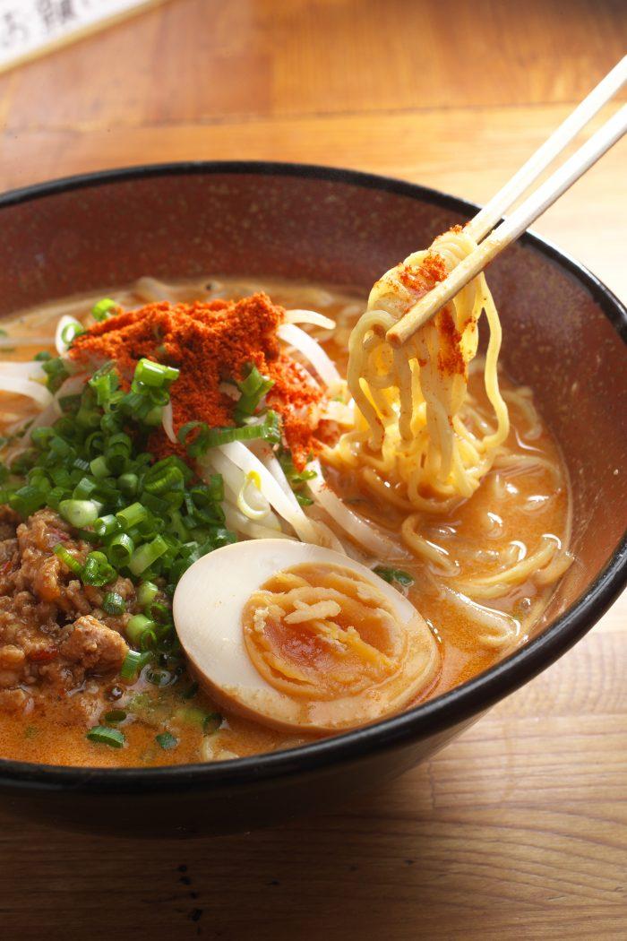 掛川市で担々麺ならこのお店!掛川本陣通りにある「麺屋RiQ(めんやりきゅう)」で一度食べればわかる担々麺をどうぞ