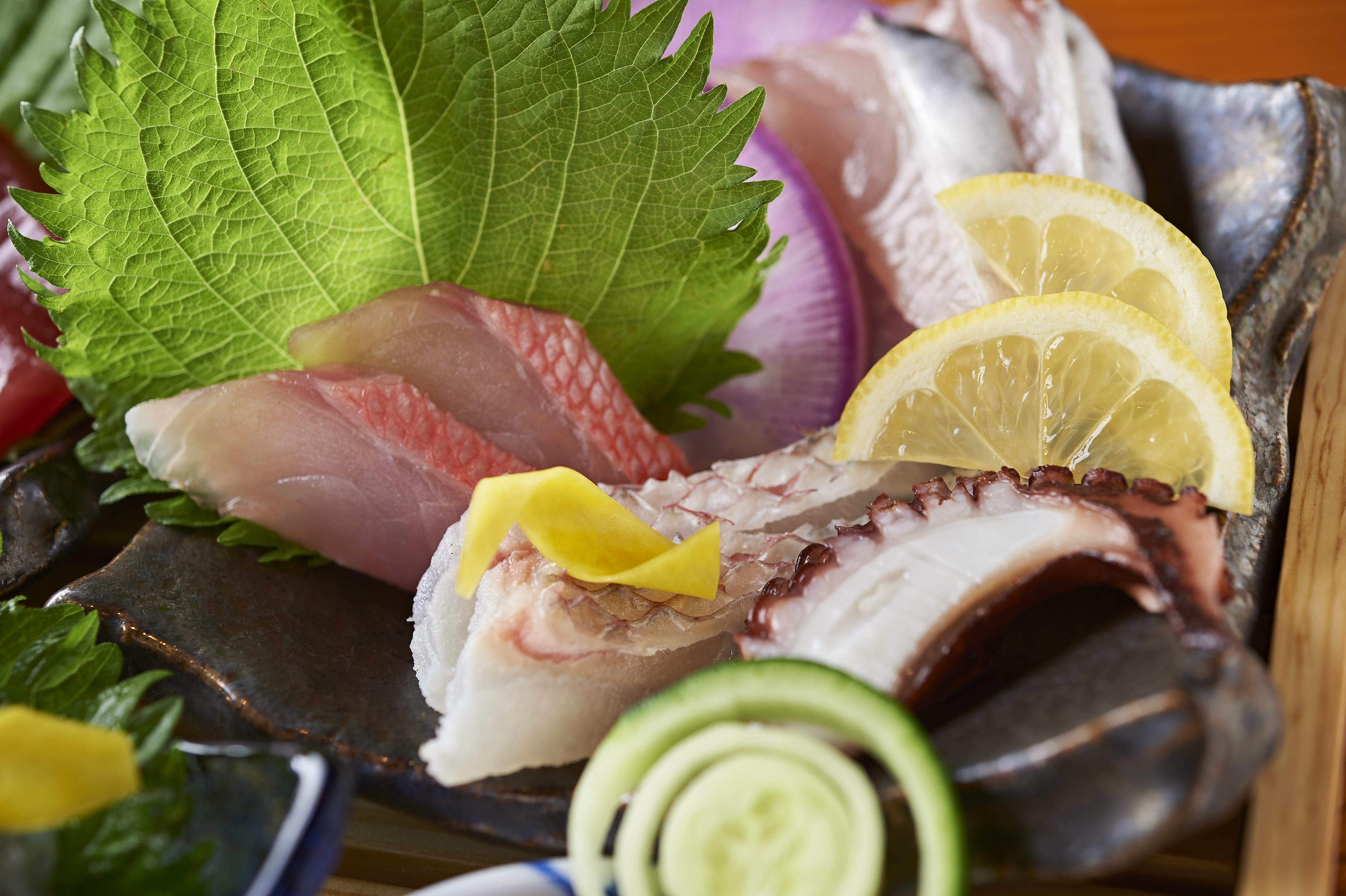 東京・人形町で「魚と酒」を楽しめる居酒屋「人形町はなたれ」で厳選鮮魚を味わう!