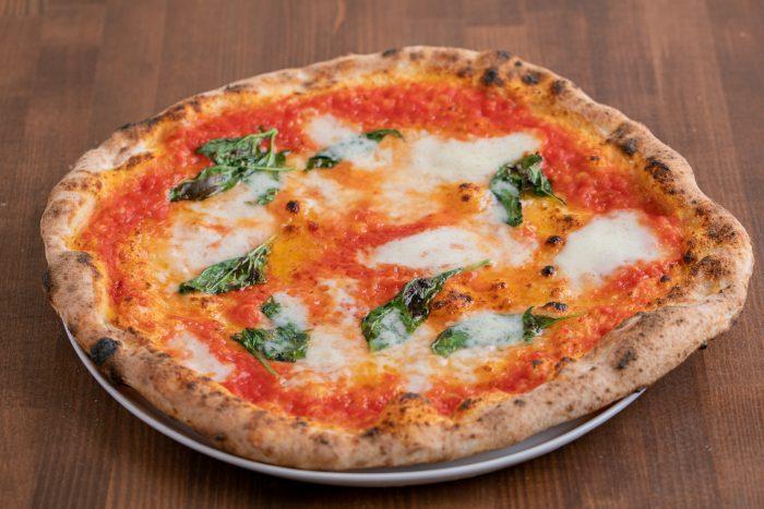 神戸市灘区、王子公園駅の近くにあるイタリアン「Pizzeria RICCA(ピッツェリア リッカ)」で本格ナポリピッツァを味わう