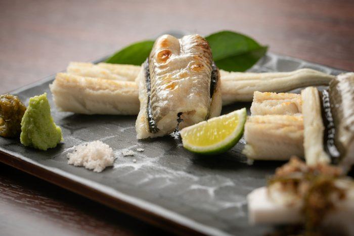 高松・瓦町で「割鮮」を堪能する。和食「古今(ここん)」を味わい尽くす