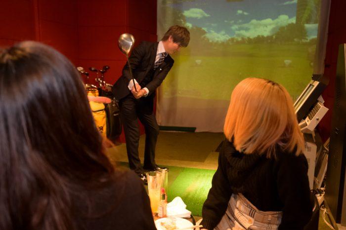 名古屋市栄・女子大小路にある「Sports Bar Baccarat(スポーツバー バカラ)」さんのクチコミレポート。シミュレーションゴルフやダーツ、ビリヤードが楽しめるお店