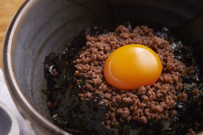 宴会で人気の東京・立川人気焼肉店「焼肉哲TETSU」で、上質な肉を味わう!