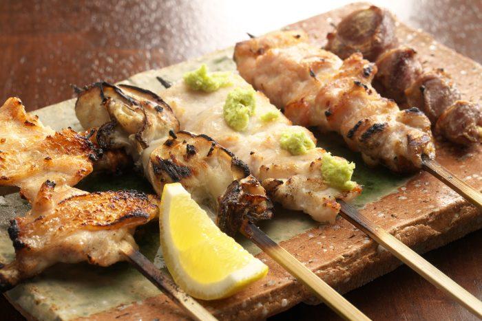 【名古屋駅 栄|焼き鳥】飲食専門WEB会社が選ぶ本当に美味しい焼き鳥5選!