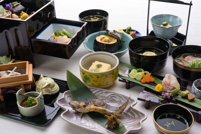 京都・嵐山、中ノ島公園内にある「桜宿膳料理 京・嵐山 錦」さんのクチコミレポート。旬の食材を使った京料理が美味しい和食店です。