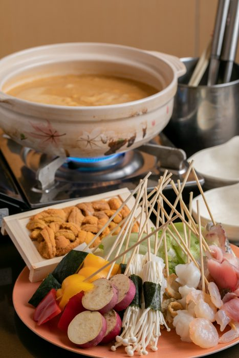 神戸・三宮駅の近くにある「味範家(みのりや)」さんのクチコミレポート。様々な魚料理と美味しい日本酒がおすすめのお店