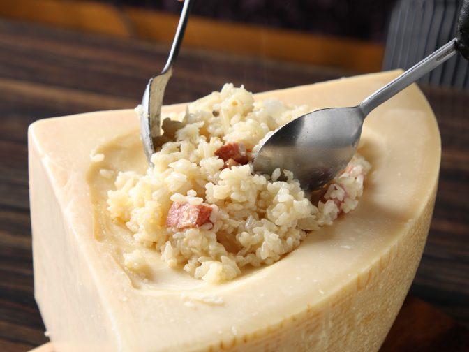 【岐阜|肉バル】女子会やデートのディナーに濃厚チーズと肉料理を「CHEESE MEAT MANIA KU-DETA(チーズミートマニア クーデター)」