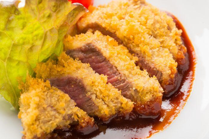 熊本・肥後大津駅周辺にある「馬肉料理 馬勝蔵(ばにくりょうり うまかつぞう)」さんのクチコミレポート。とにかく馬肉料理がウマい店
