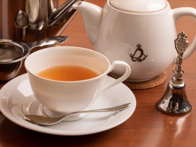 大阪難波・日本橋、なんば駅周辺にある「カフェe-maid(イーメイド)」さんのクチコミレポート。アンティーク調の落ち着いた空間で美味しい料理と紅茶が楽しめるメイドカフェ