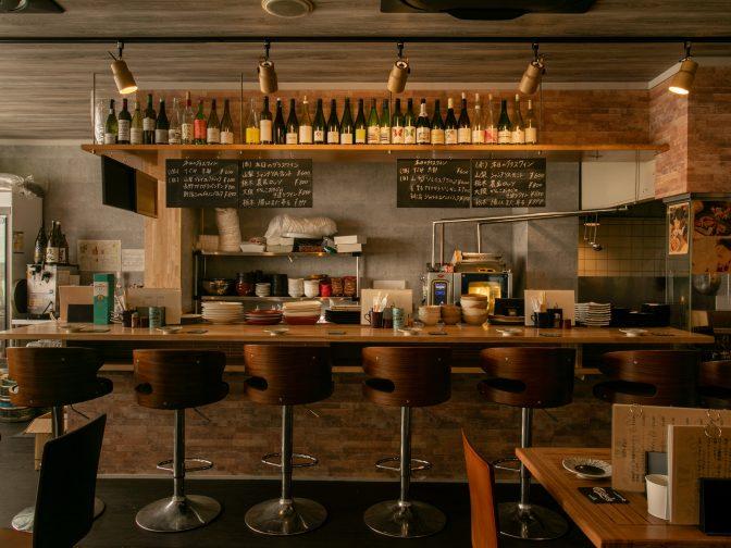高松市内・高松築港駅周辺にある「TORIBACO514」さんのクチコミレポート。香川産の朝引き鶏を使用した炭火焼き鳥と日本ワインが人気の居酒屋