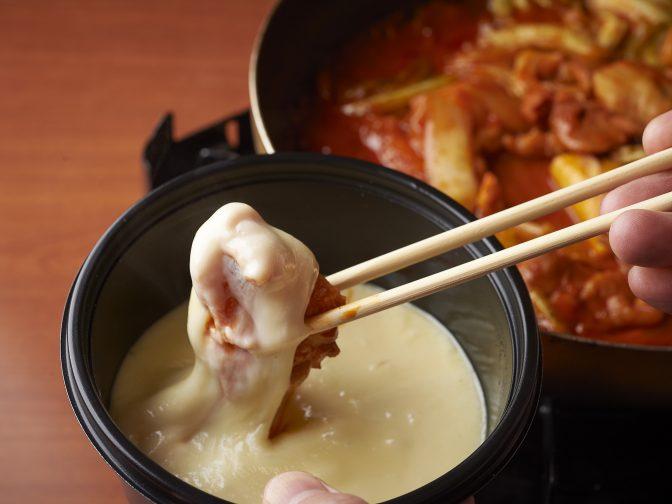 東京は麻布十番・麻布十番駅周辺にある「山本牛臓(ヤマモトギュウゾウ)」さんのクチコミレポート。チーズタッカルビが名物の韓国料理店