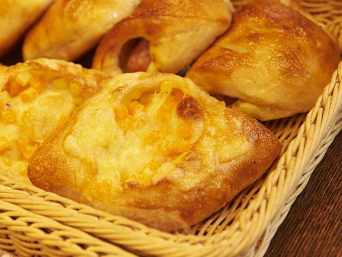 見附市内・見附駅周辺にある「しあわせパン工房 Pain de Navel(パン・ド・ネイヴル)」さんのクチコミレポート。食パンや惣菜パン、菓子パンが美味しいベーカリー