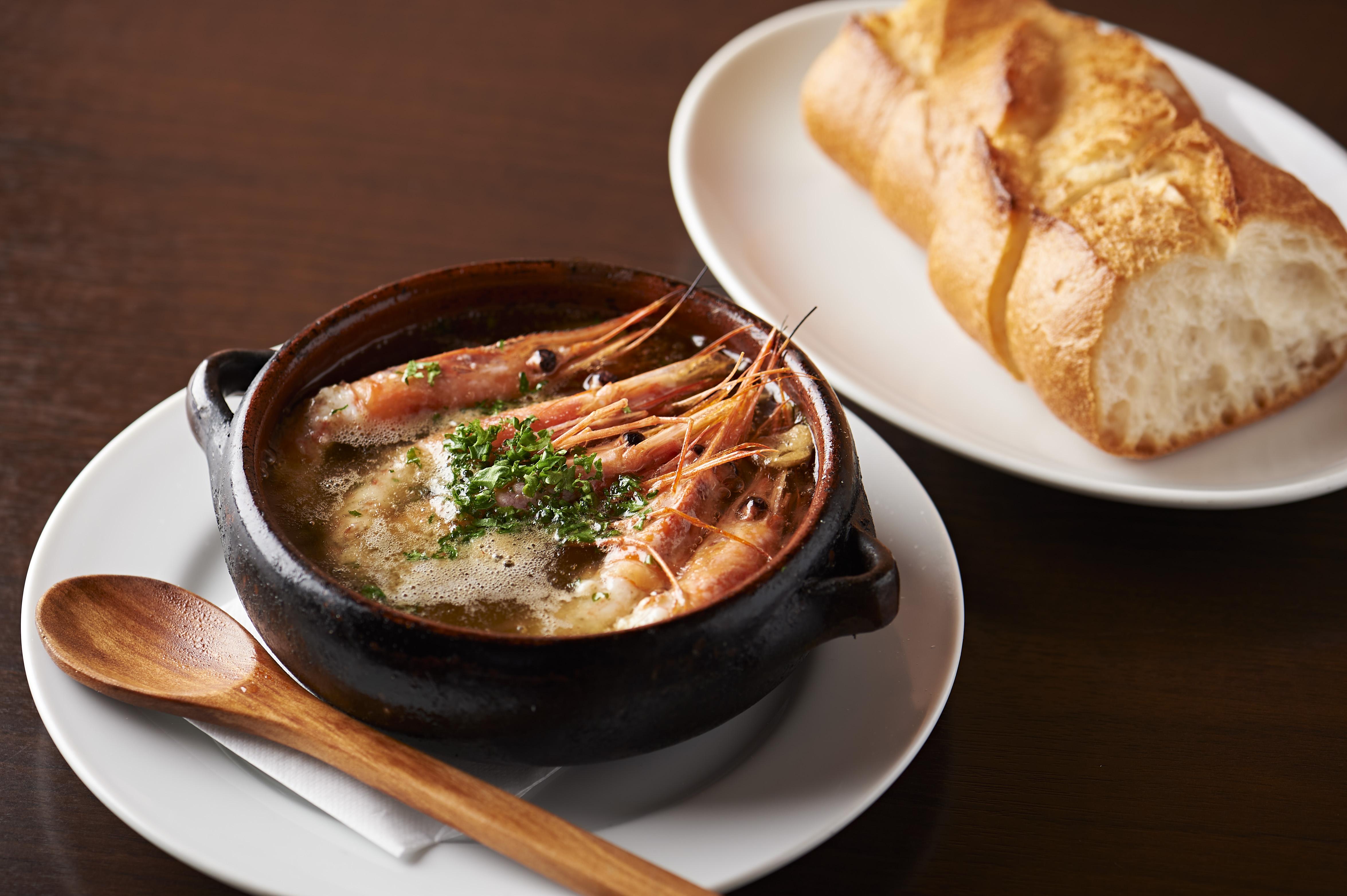 町田市内・町田駅周辺にある「TOROS SPAIN Grill&barトロス スペイン グリルバル」さんのクチコミレポート。パエリア、アヒージョ、グリルが人気のスペイン料理の店