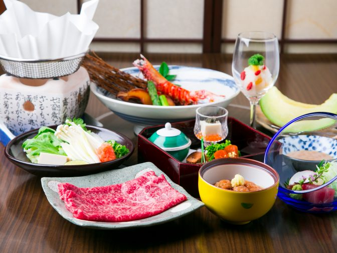大阪、堺の記念日などにぴったりの個室のある和食居酒屋「民芸 藤よし」を口コミレポート!