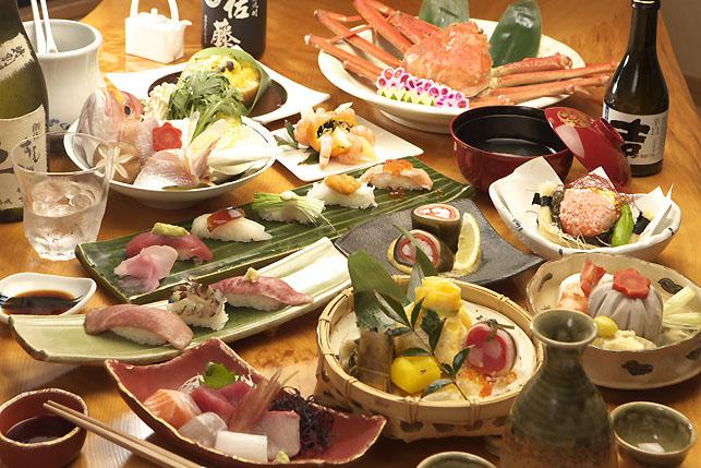 岐阜市内・岐阜大学、マーサ21周辺にある寿司屋「赤酢すし卓(あかずすしたく)」さんのクチコミレポート。ランチ・ディナーで華やかな創作寿司が楽しめるお店