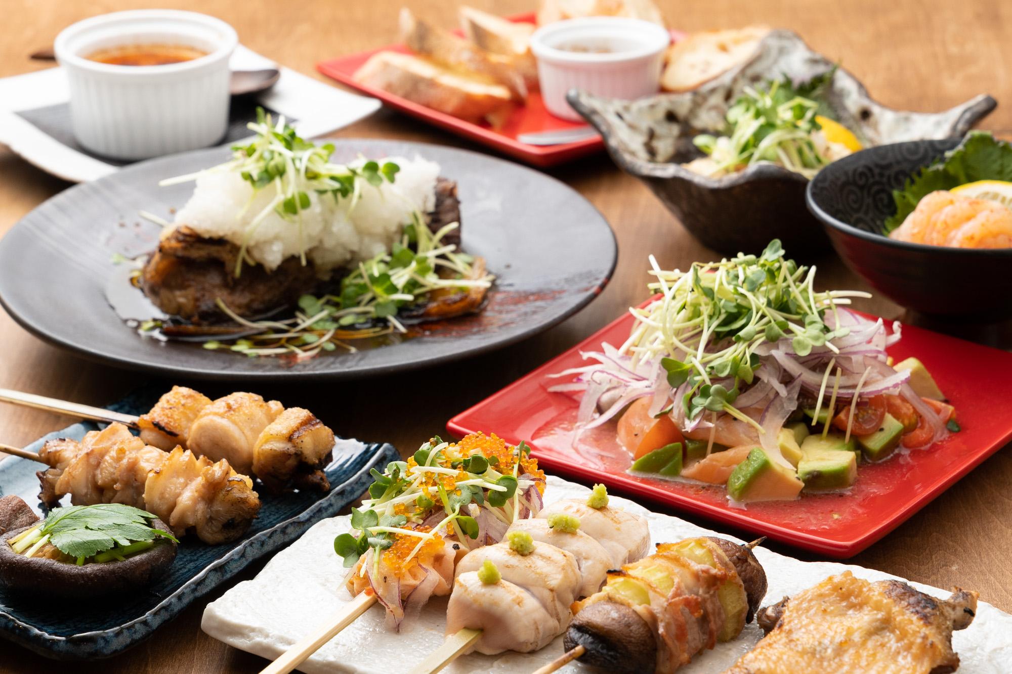 福岡市内・西新駅周辺にある焼き鳥居酒屋「串 はいろ」さんのクチコミレポート。カフェのようなおしゃれな店内で焼き鳥と創作串、ワインが楽しめるお店