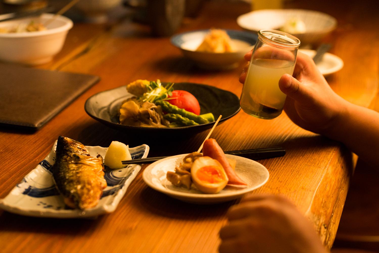 """福岡市内・薬院駅、渡辺通駅周辺にある居酒屋「鶏おでんと出汁割り日本酒 ふぁるこ」さんのクチコミレポート。""""鶏出汁おでん""""と""""出汁割り日本酒""""がおすすめのお店"""